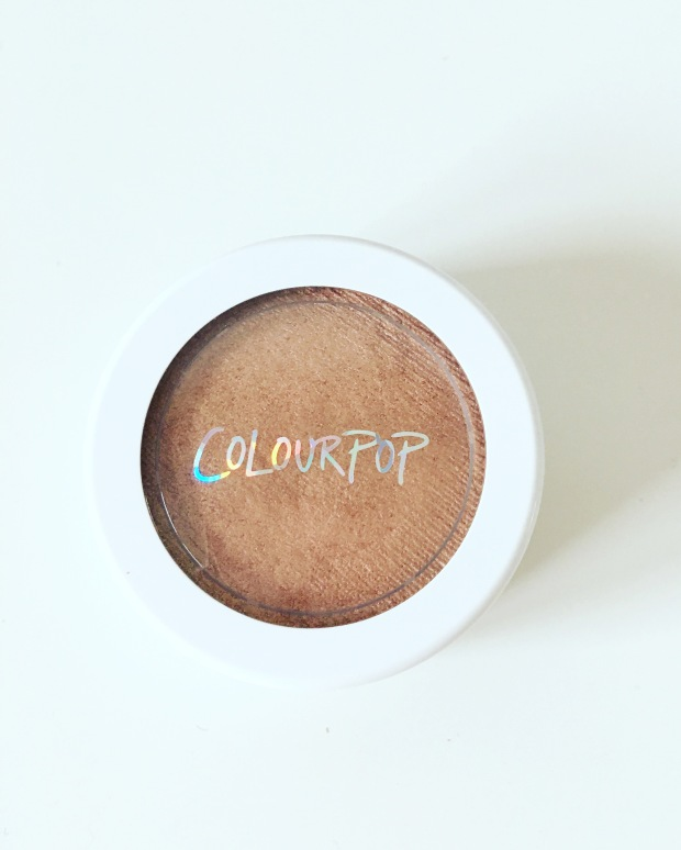 colourpop-butterfly-beach-highlighter