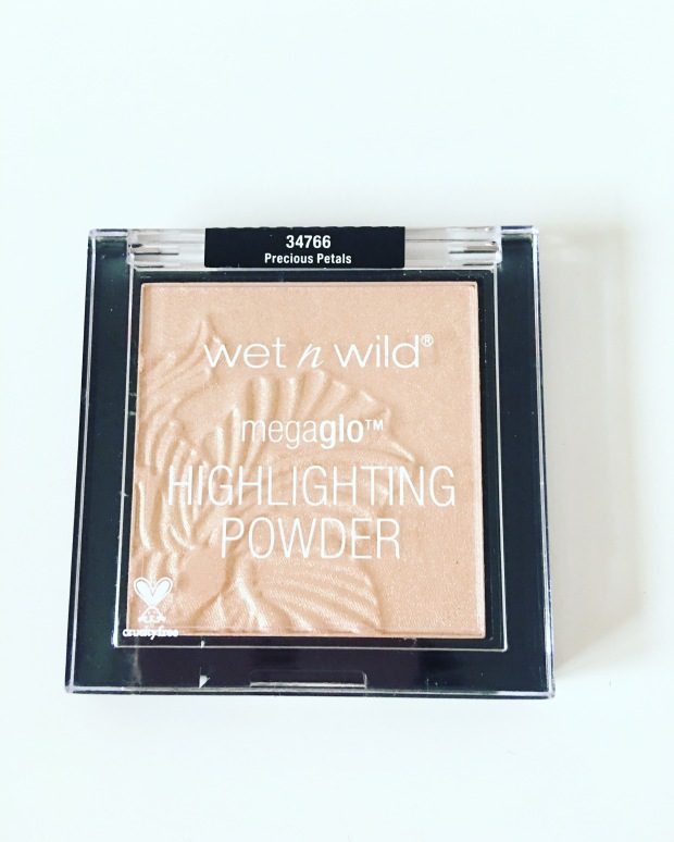 wet-n-wild-mega-glo-highlighting-powder